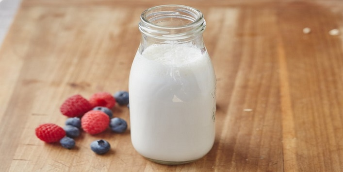 Milk with aloe vera gel