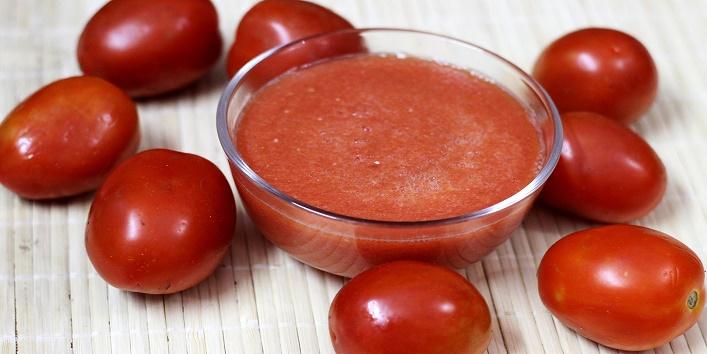 Tomato pulp with aloe vera gel
