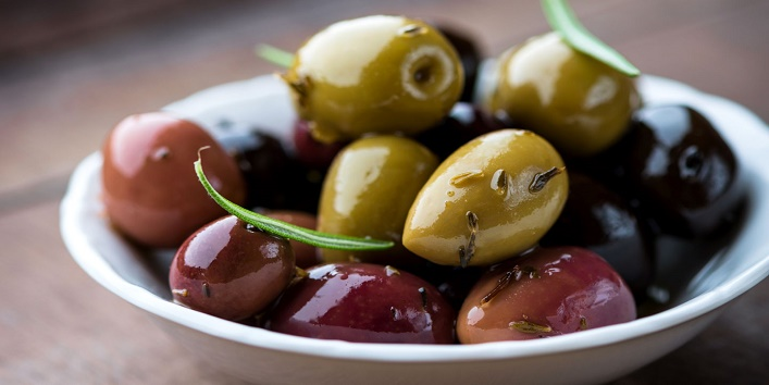 reasons to include olives in your diet
