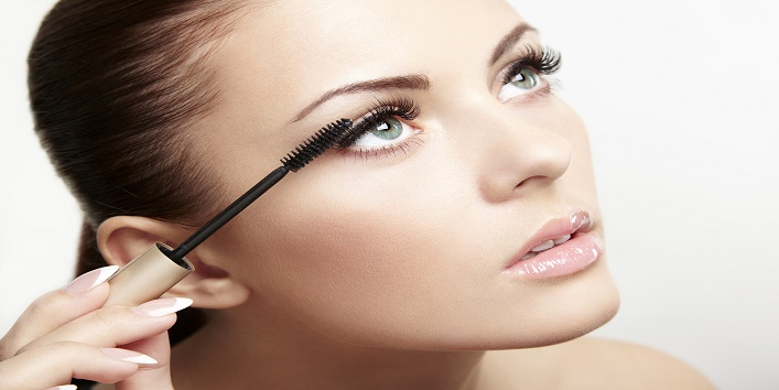 Avoid using mascara with fibers