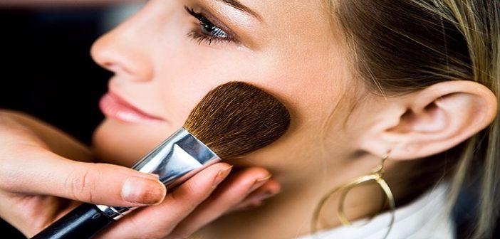 Top 10 Makeup Tips For Sensitive Skin and Eye