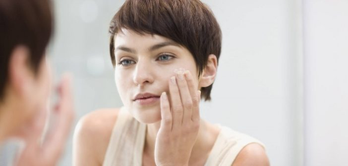 Top 6 Hacks To Get Rid Of Pores at Home