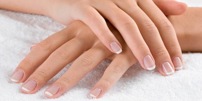Nail moisturizer